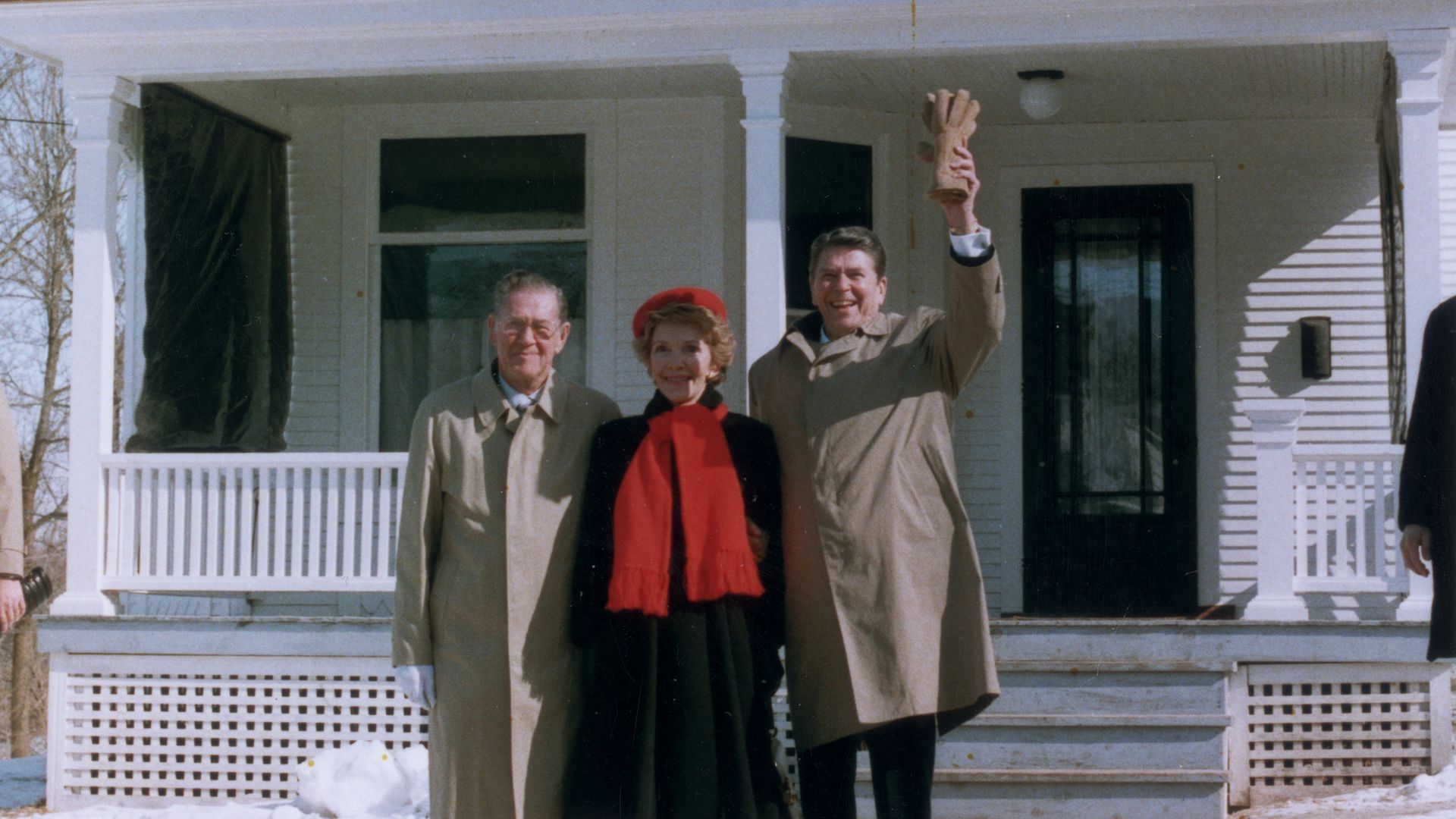 President Reagan, First Lady Nancy Reagan and his brother, Neil, visit the Reagans' boyhood home in 1984.