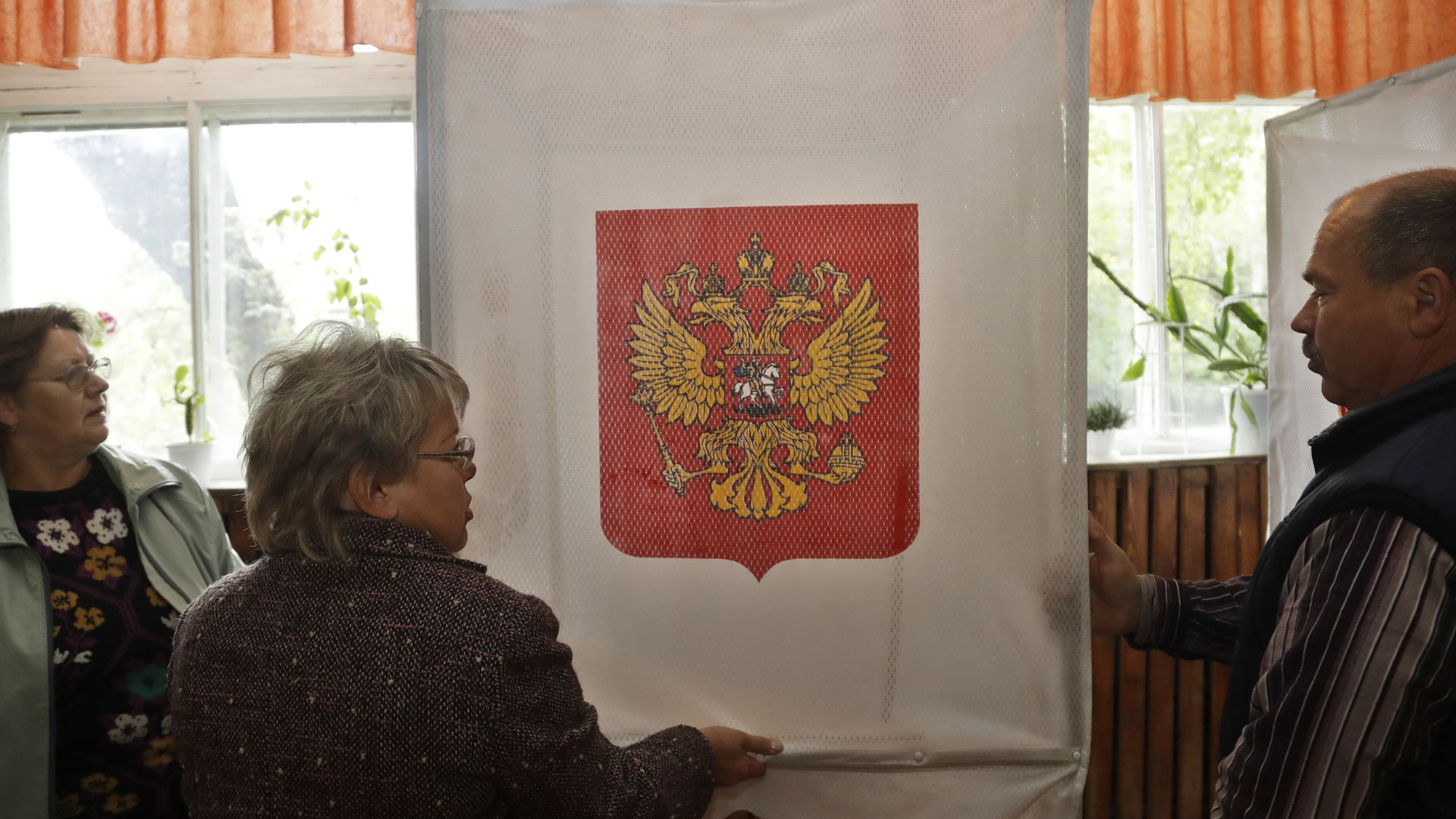 Russian voters at polling station