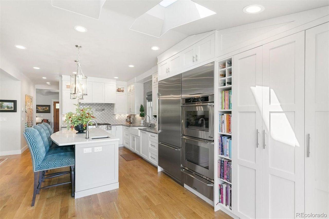 4276 Green Ct. kitchen