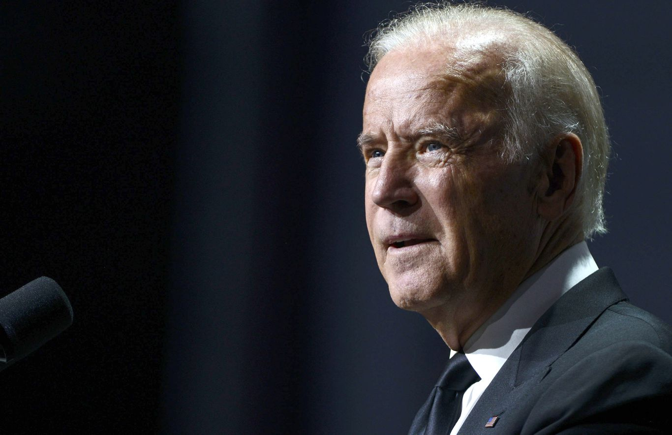 "Biden: Breonna Taylor indictment ""does not answer"" call for justice"