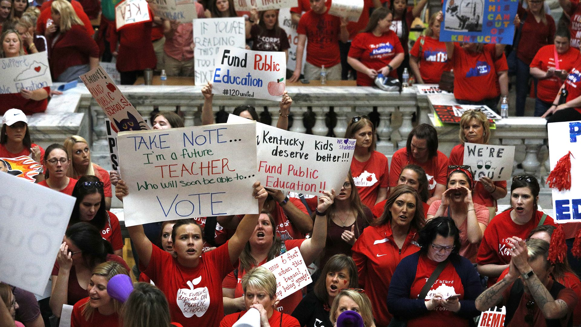 Kentucky Public school teachers protest outside the Kentucky House Chamber over a controversial pension reform bill which Gov. Bevin signed into law. Photo: Bill Pugliano/Getty Images