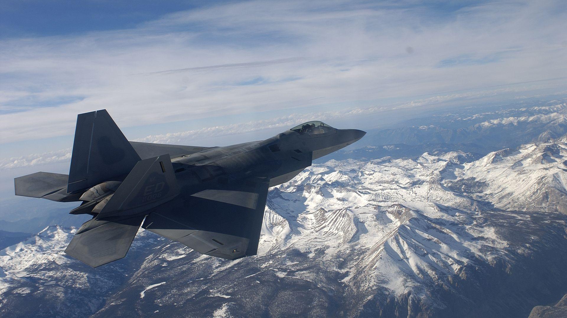 F-22 raptor jet