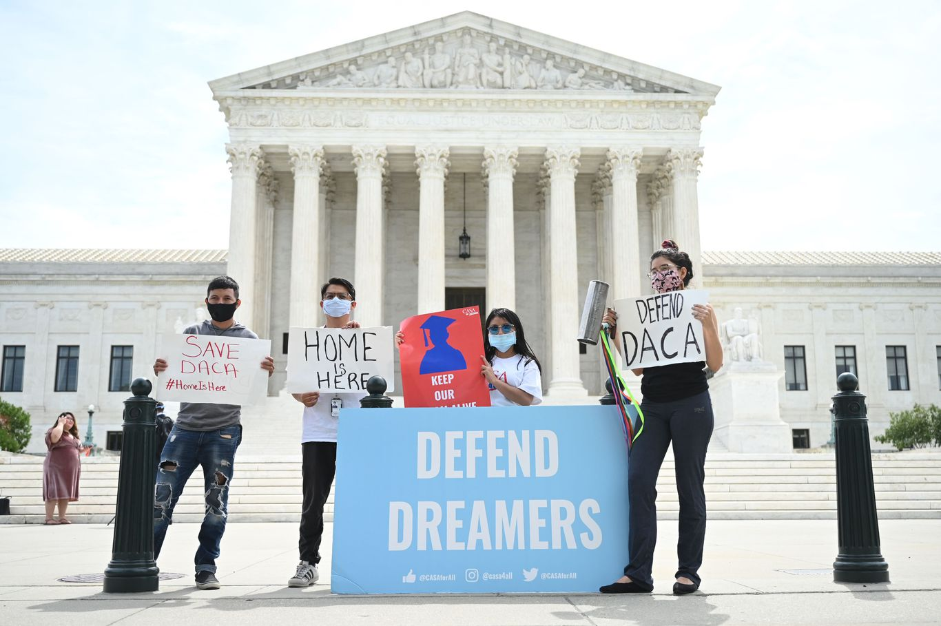 Federal judge restores DACA to full power