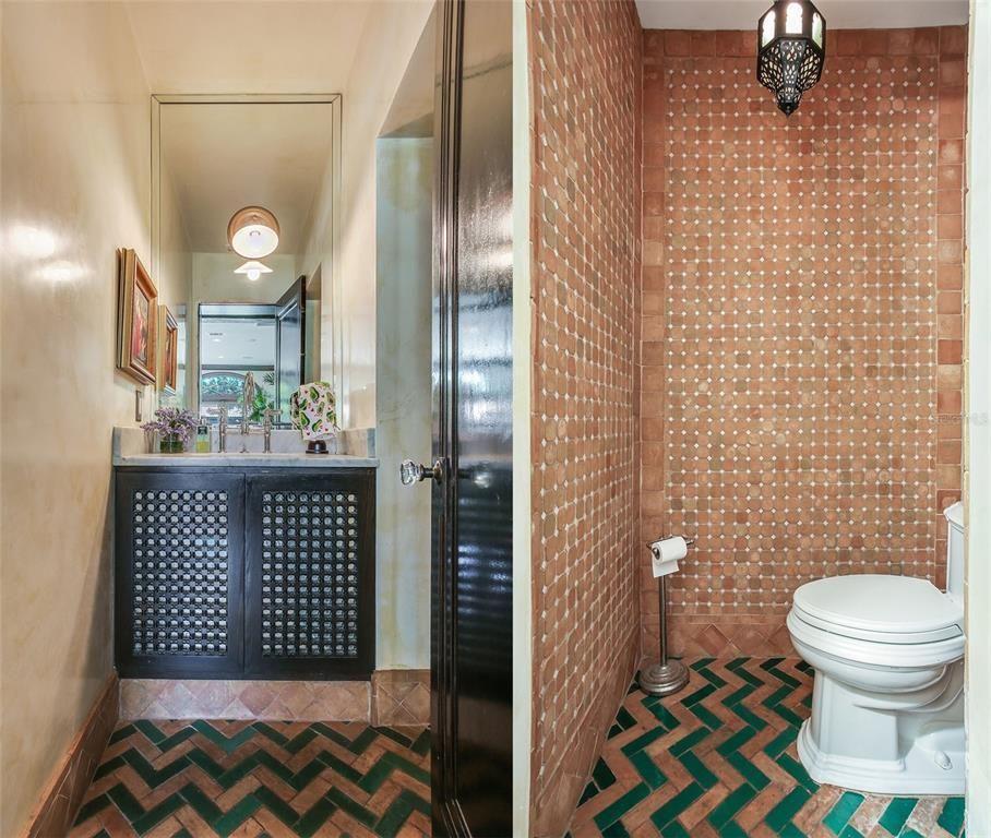 131 W. Davis Blvd bathroom 2