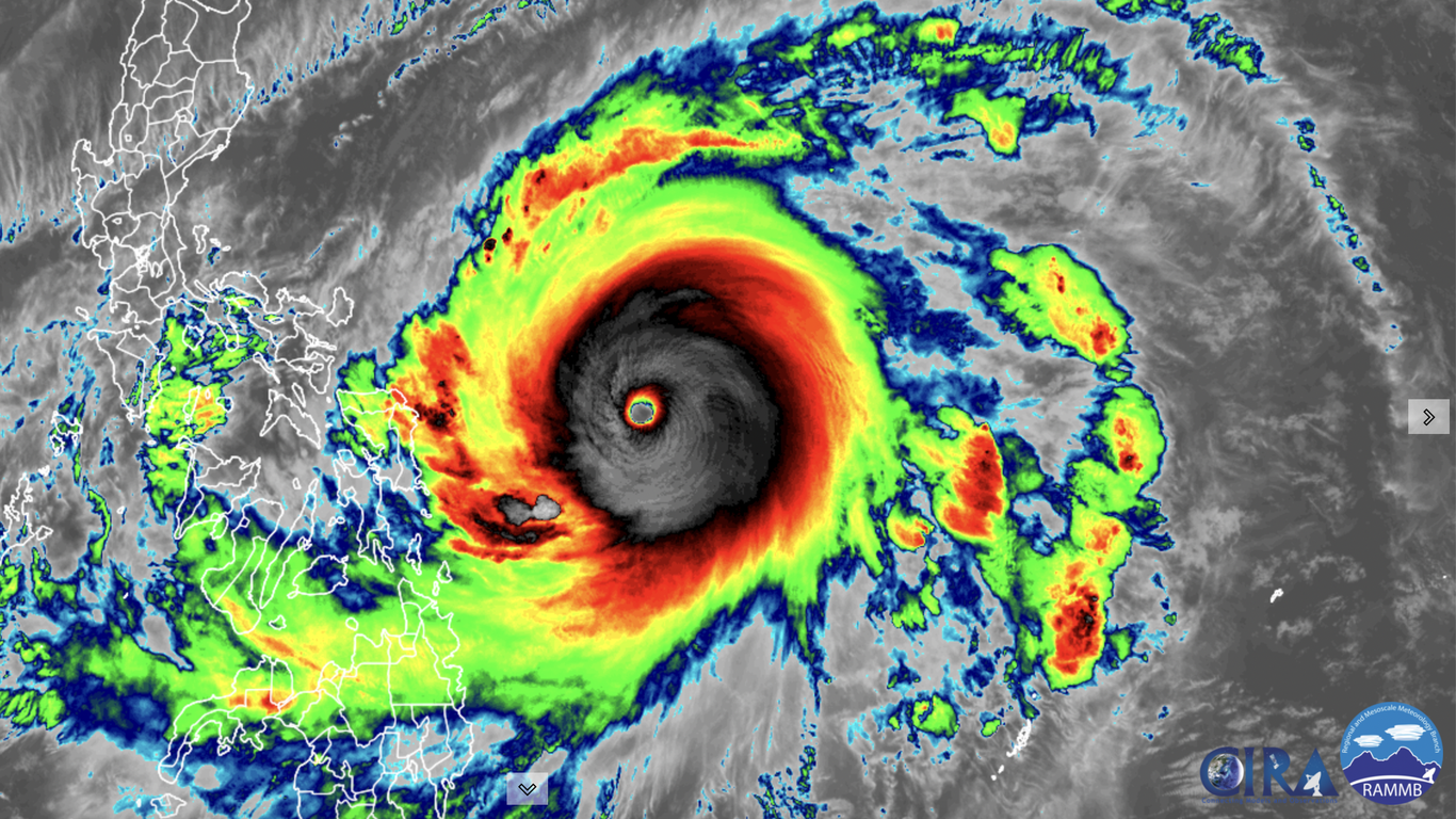 Super Typhoon Surigae rapidly intensifies to a Cat. 5 near Philippines thumbnail