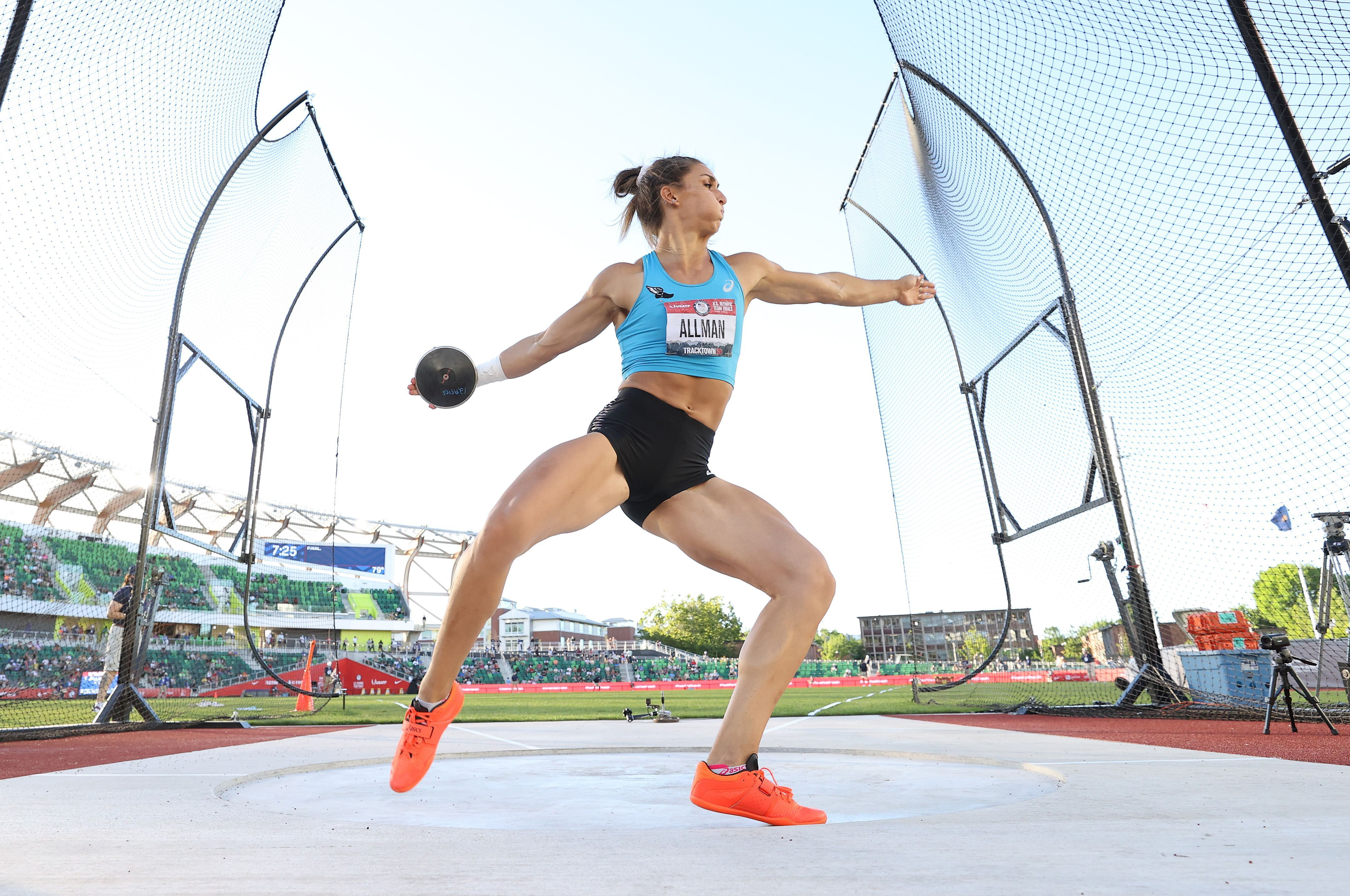 Valarie Allman competes in the discus throw at the U.S. team trials in June. Photo: Andy Lyons/Getty Images