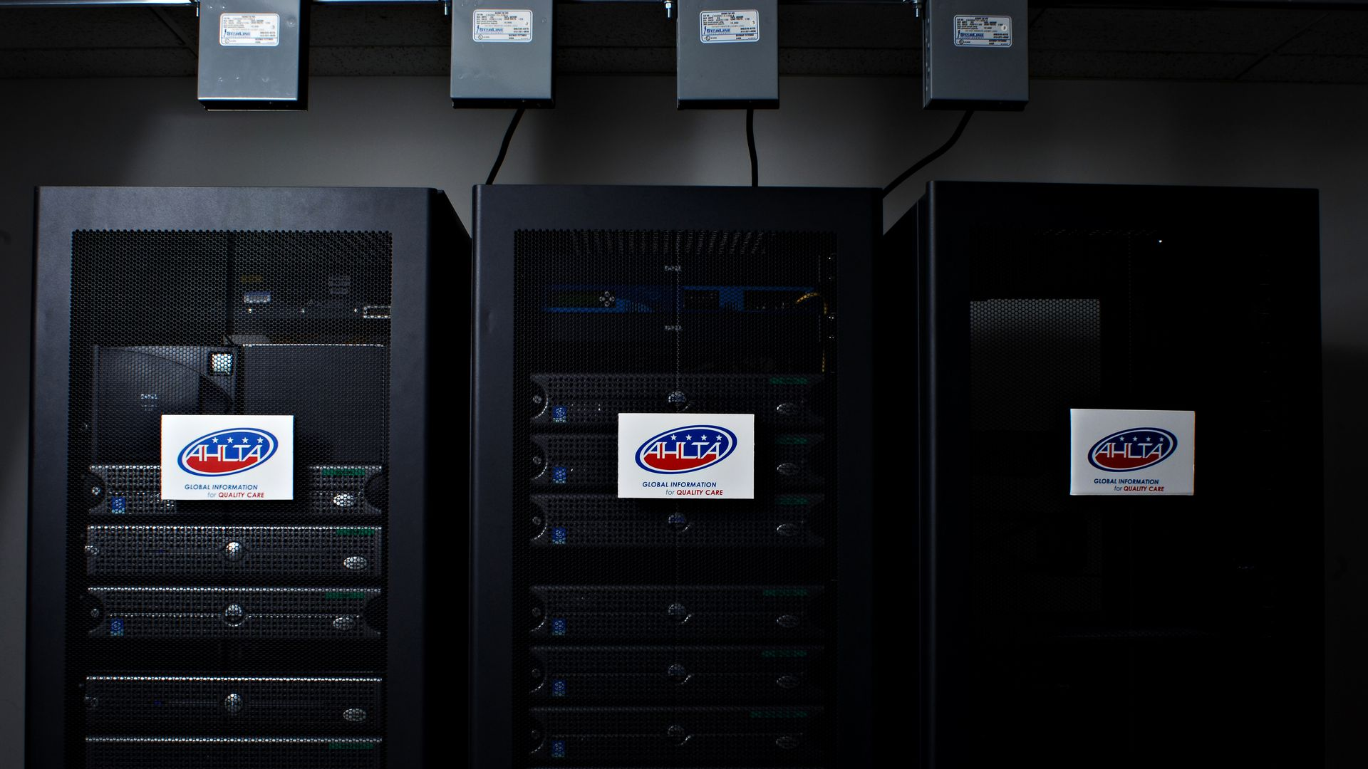 Electronic servers