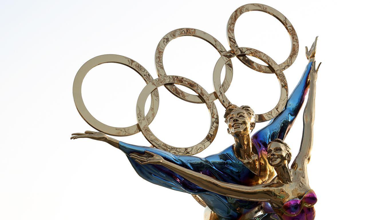 "China warns of ""robust"" response if U.S. boycotts Beijing Olympics thumbnail"