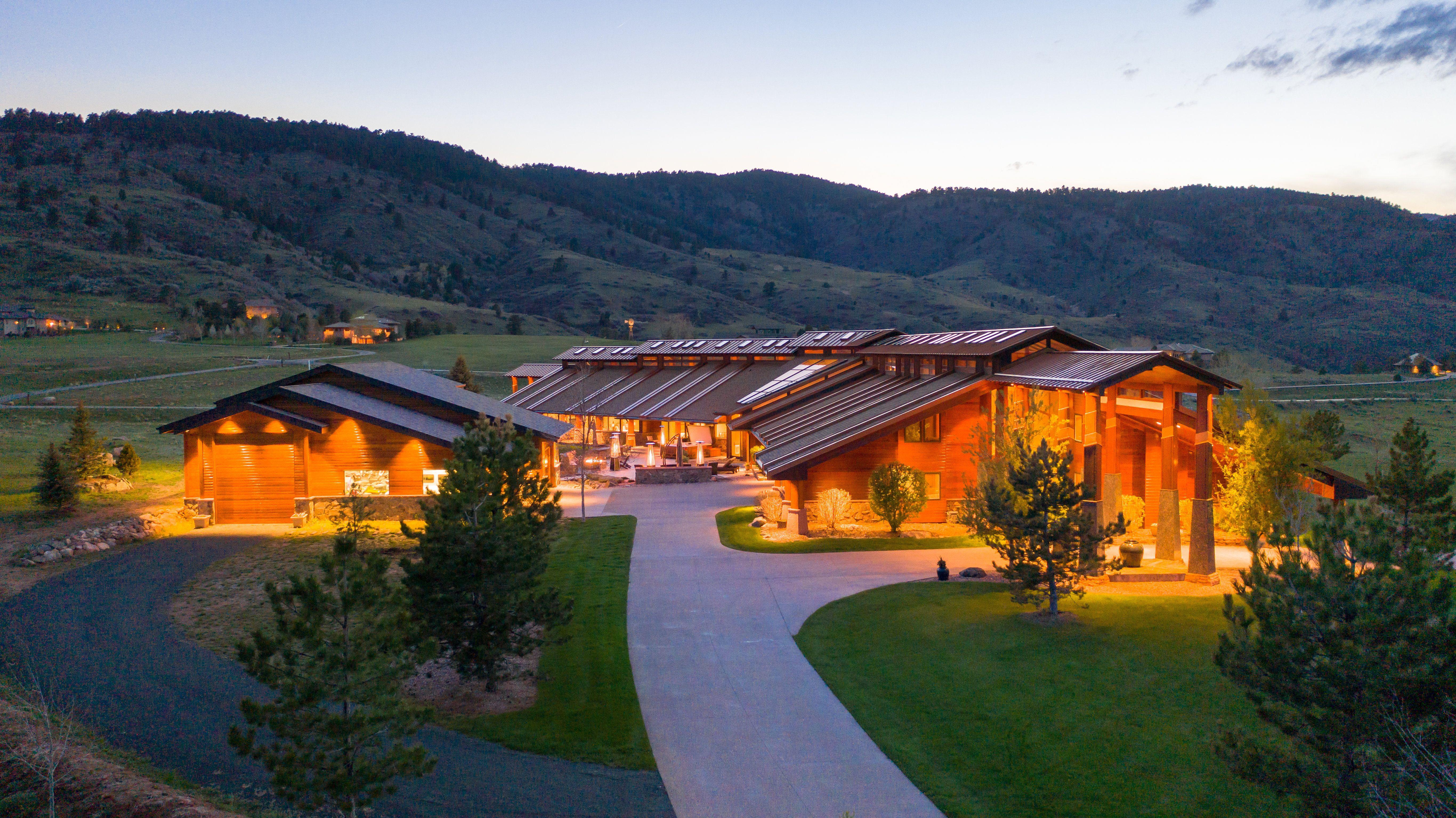Colorado Mountain house on 35 acres asks $7M evening view