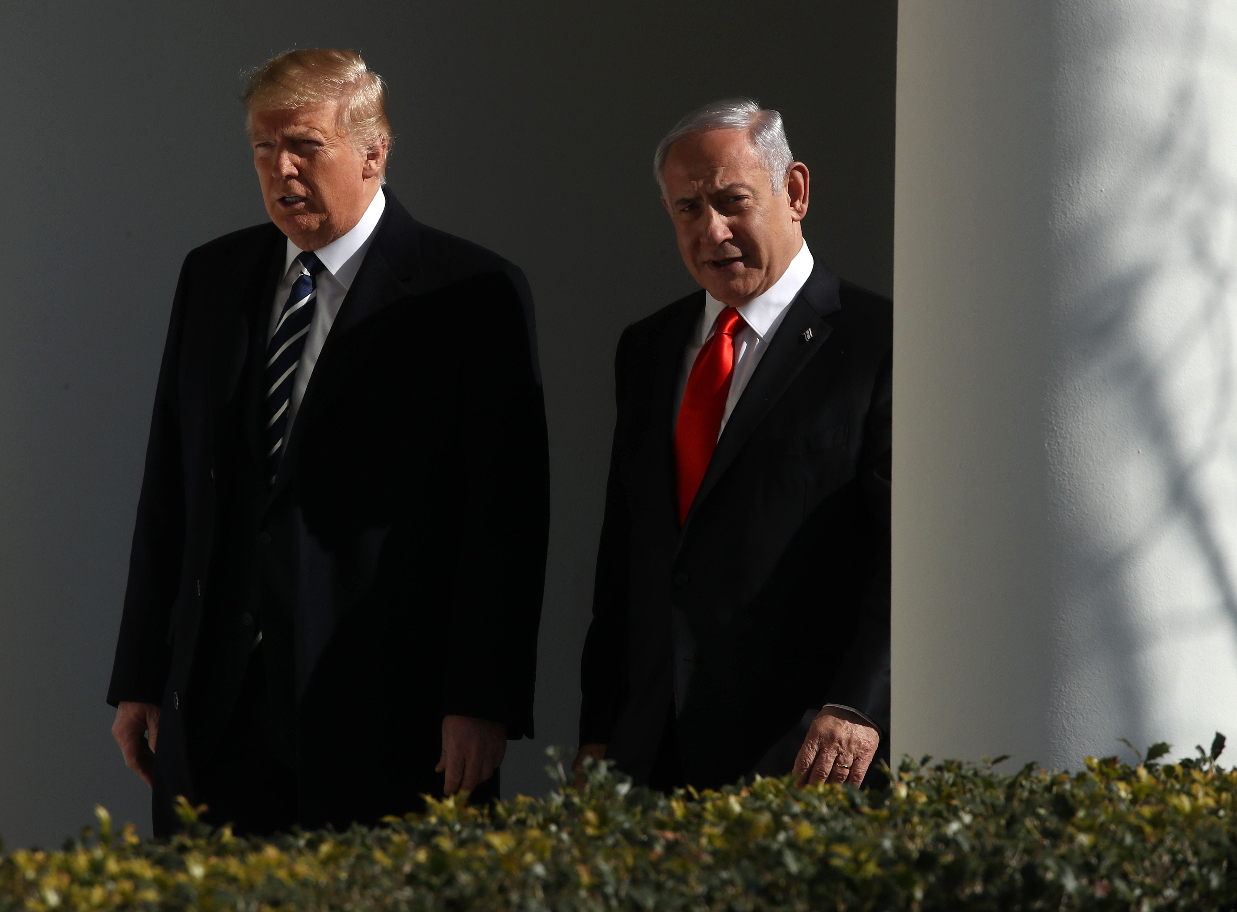 Trump peace plan a sticking point in Israel's Netanyahu-Gantz pact