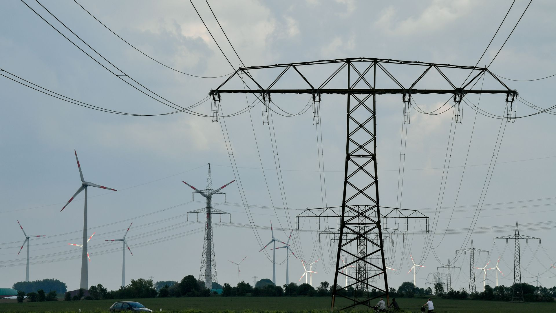 How America's biggest renewable-energy power line project failed