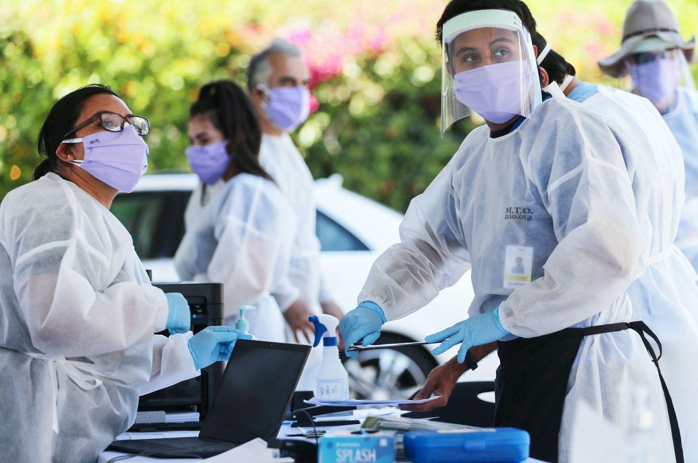 U.S. reports 1,485 coronavirus deaths in a single day thumbnail