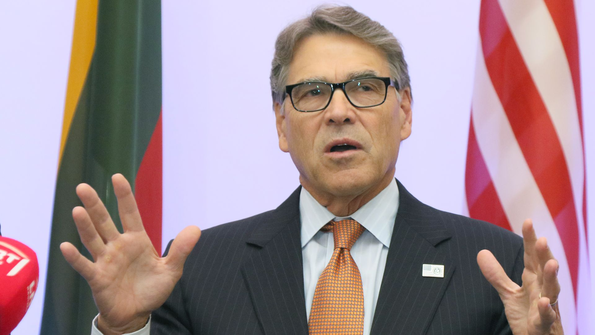 Secretary of Energy Rick Perry delivers a statementduring a meeting in Vilnius, Lithuania