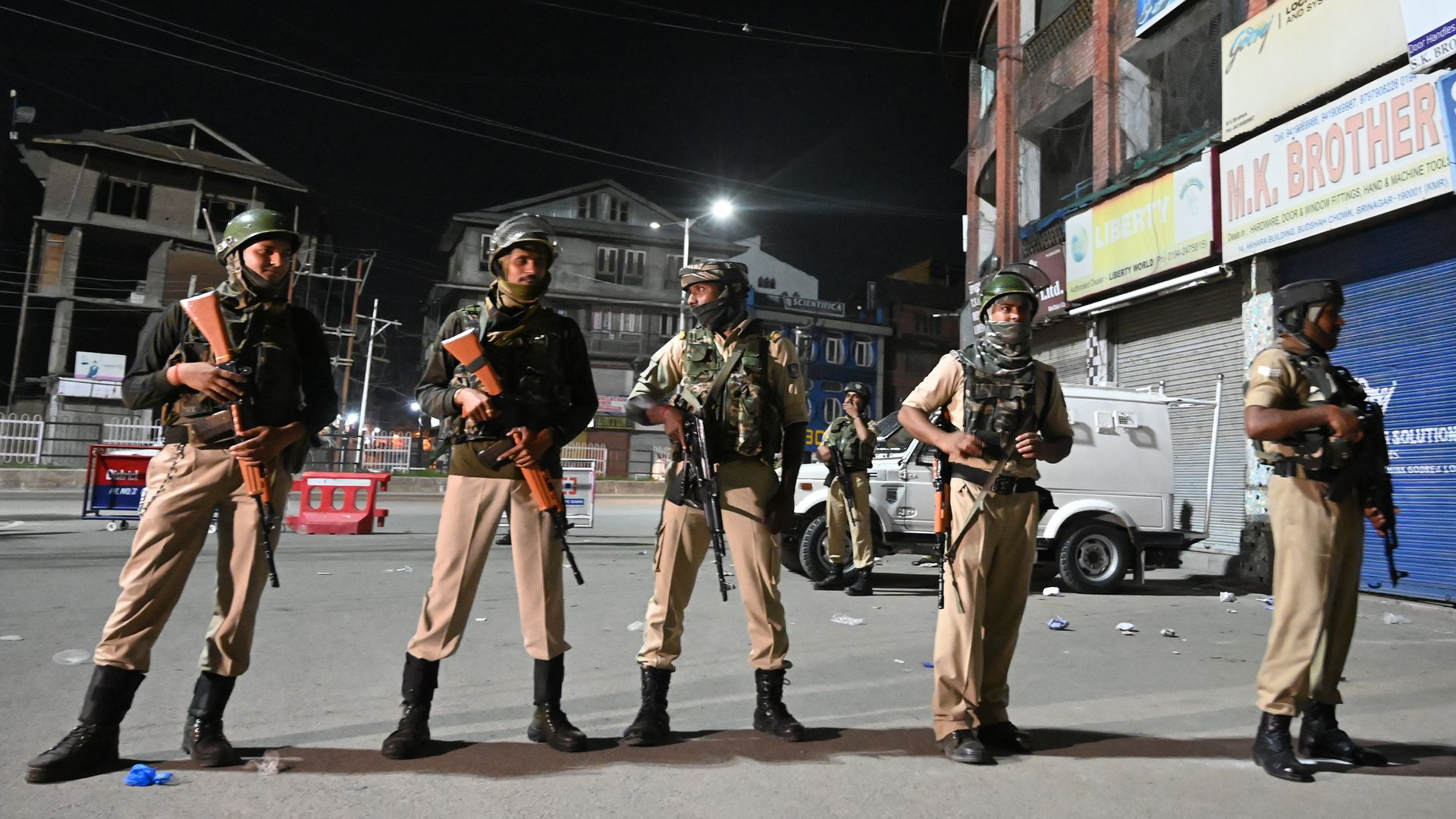 Troops in Kashmir