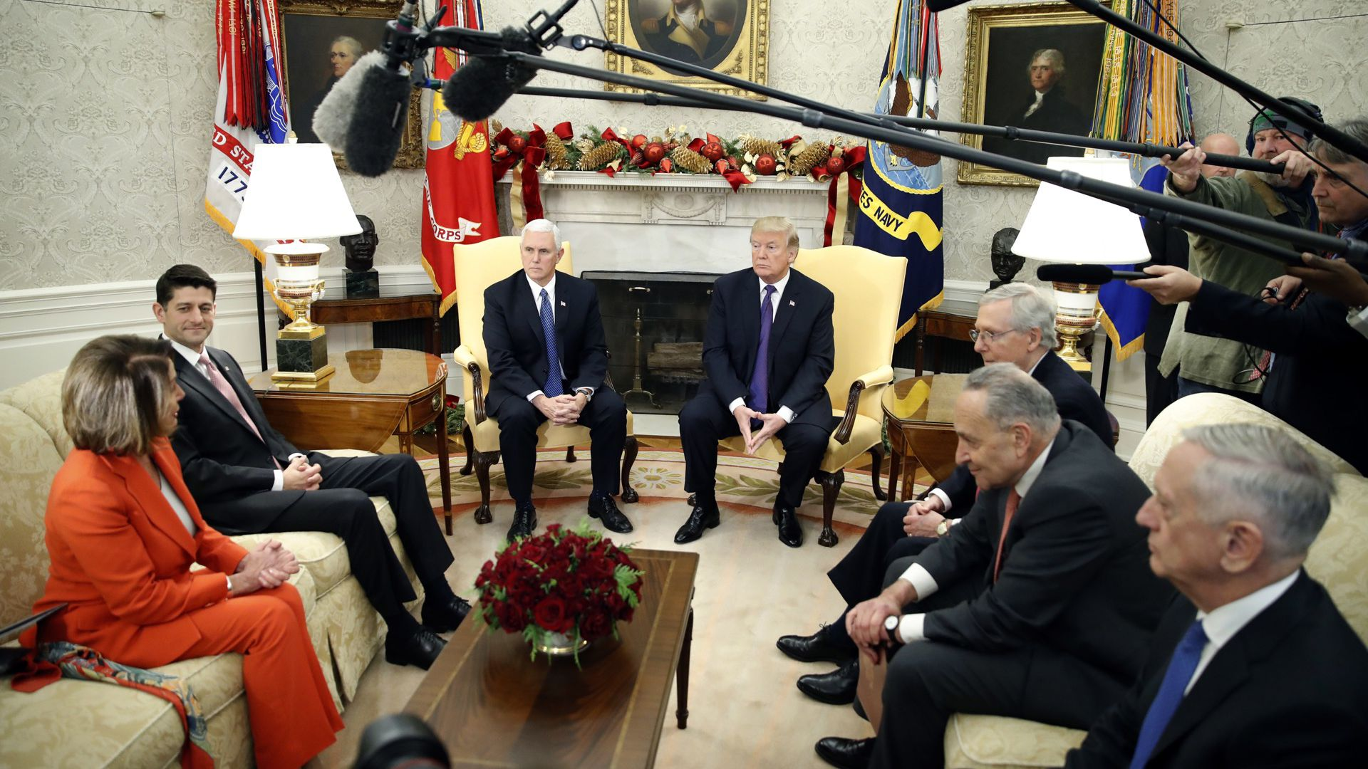 President Trump meets with bipartisan congressional leaders in the Oval Office