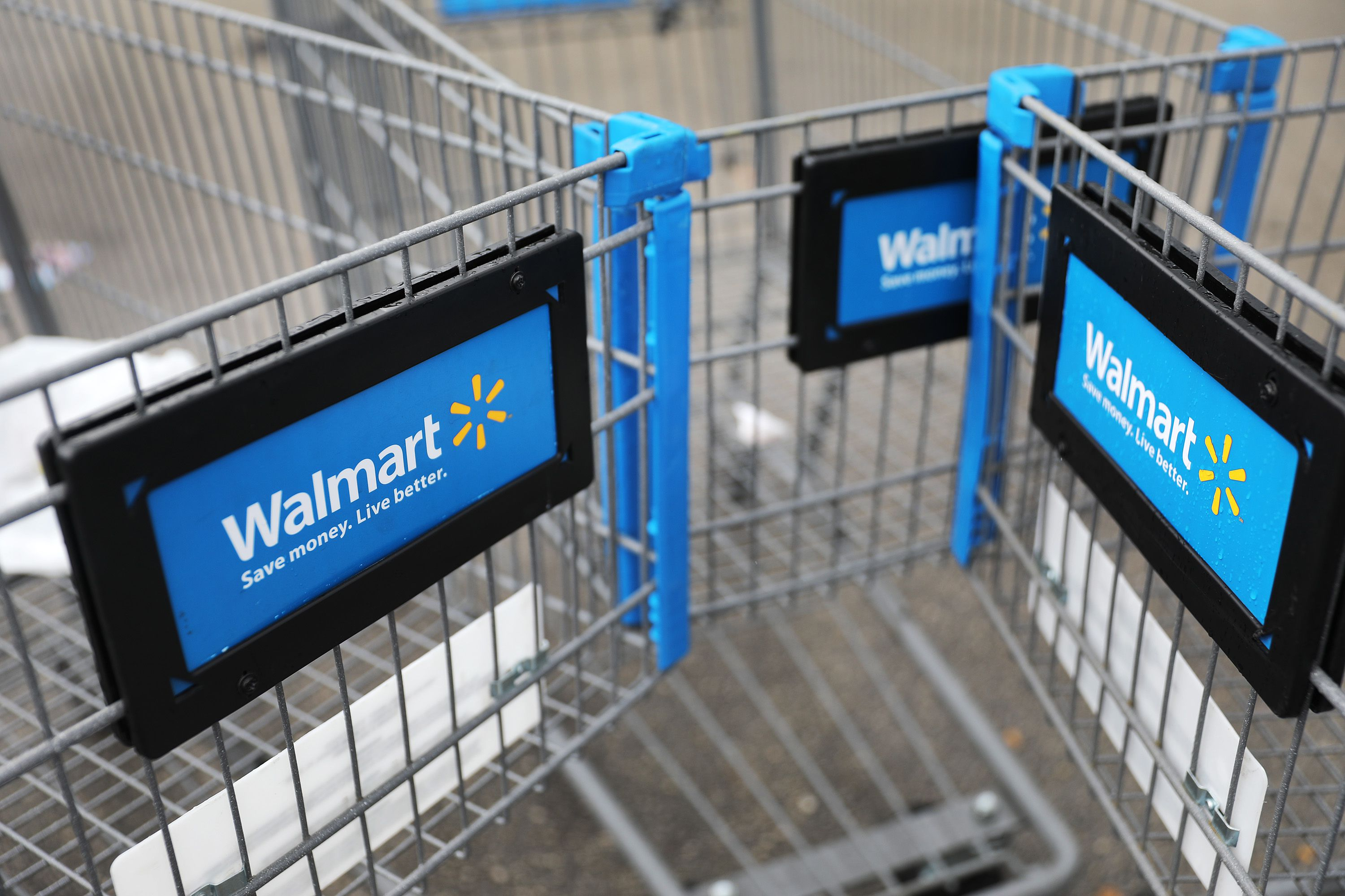 Walmart to start publicly testing rival membership to Amazon Prime