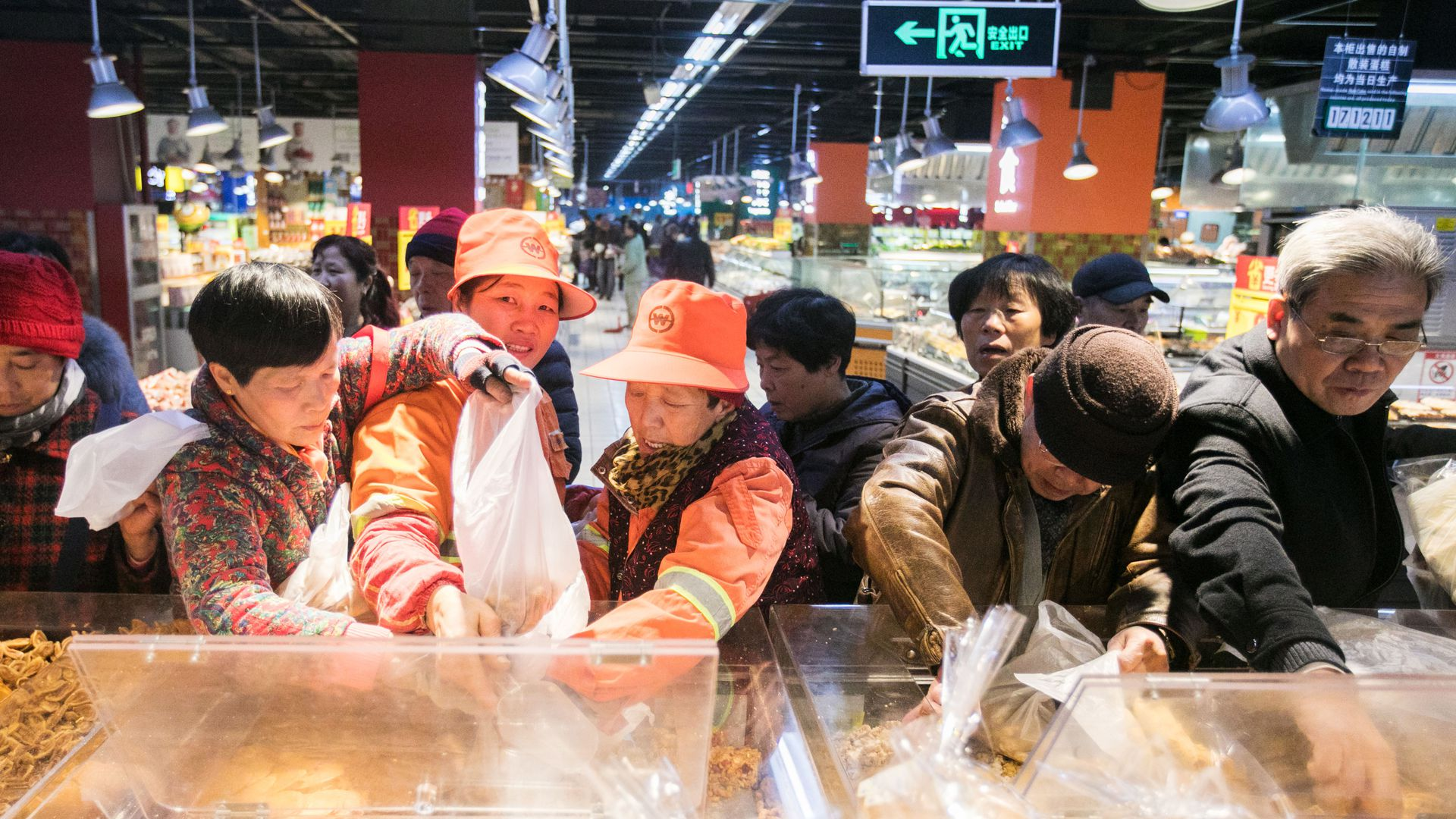 Alibaba shares its data on Chinese shoppers with American