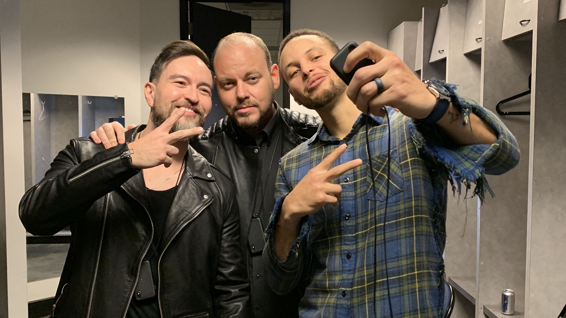 eafdcce3bca Steph Curry pitches Palm s mini-smartphone - Axios