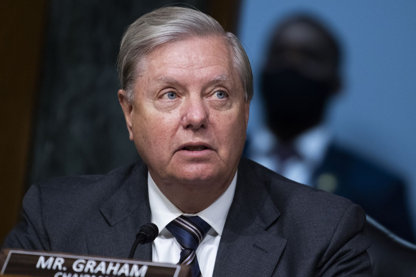 Lindsey Graham says he will vote for Ginsburg's replacement before next election thumbnail