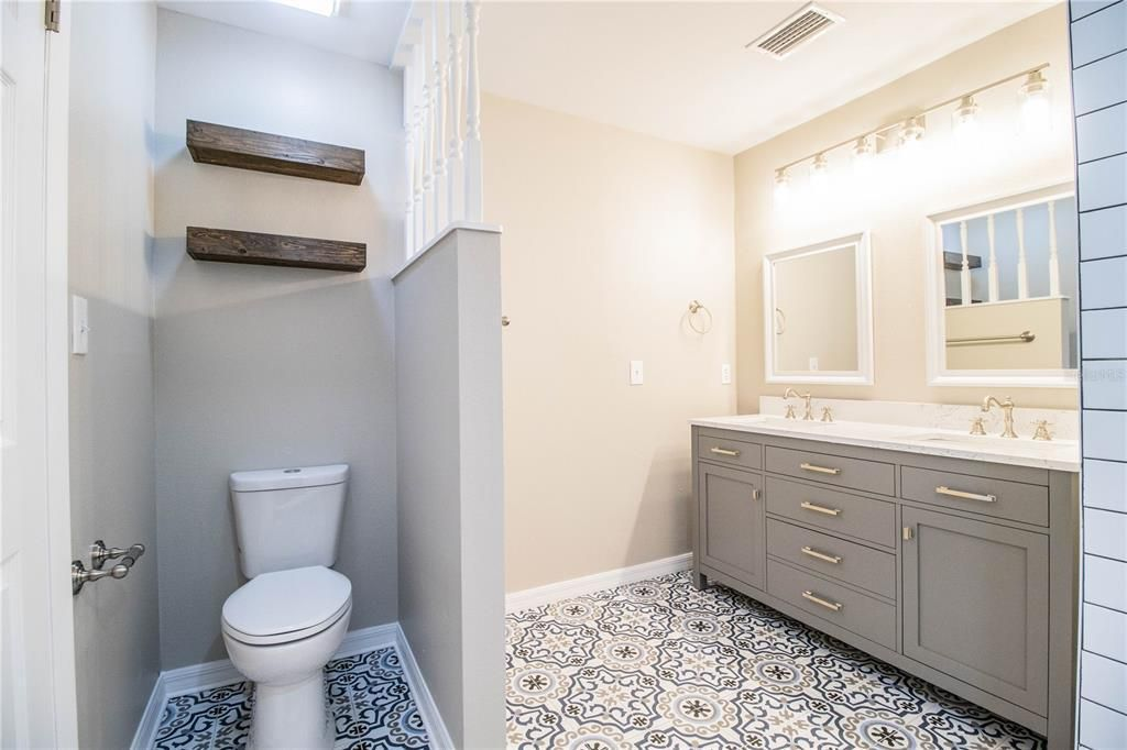 4620 S. Gary Ave. bathroom
