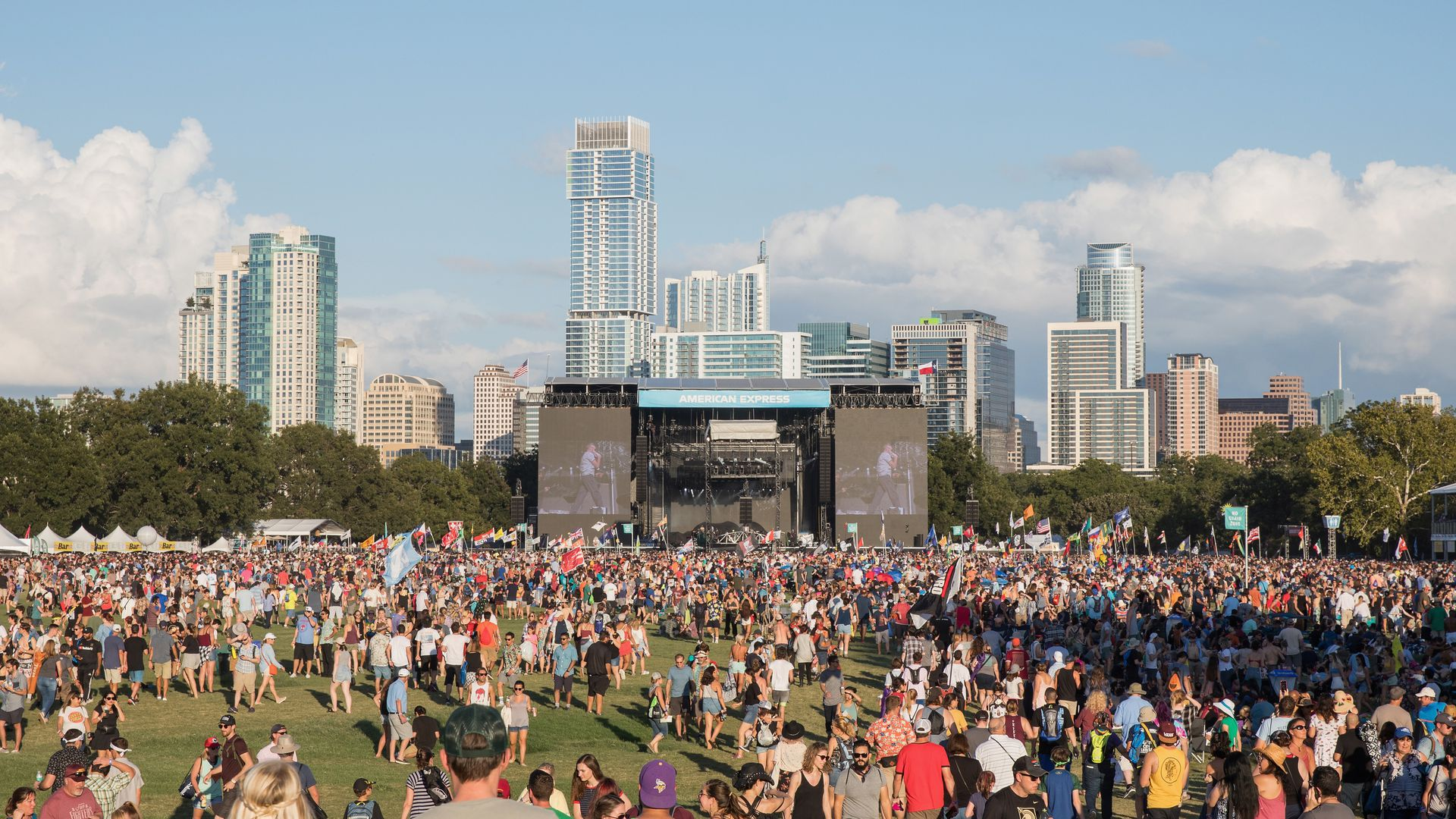A crowd takes in the ACL Music Festival.