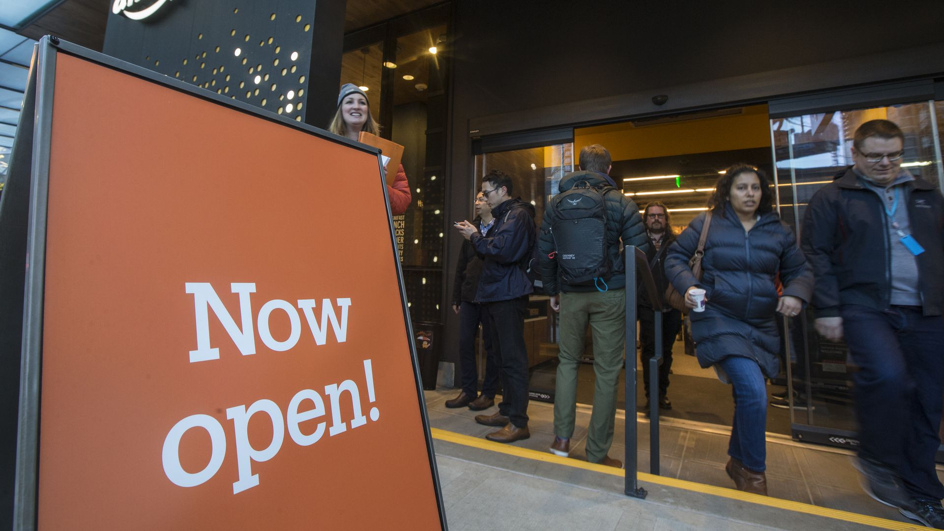 An Amazon Go store with heavy consumer traffic