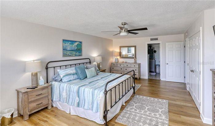 750 Island Way #201  bedroom