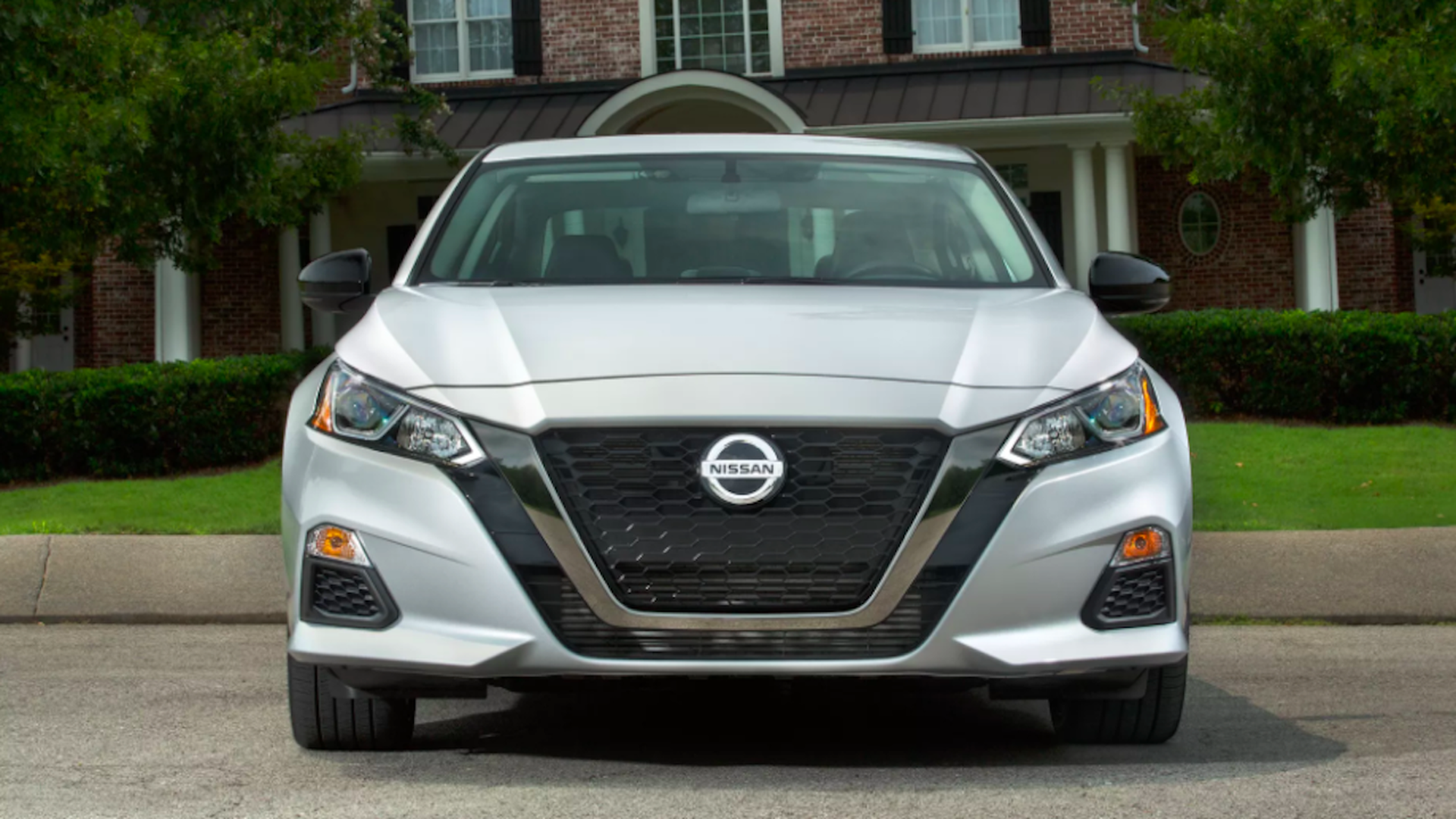 What We Re Driving The 2019 Nissan Altima