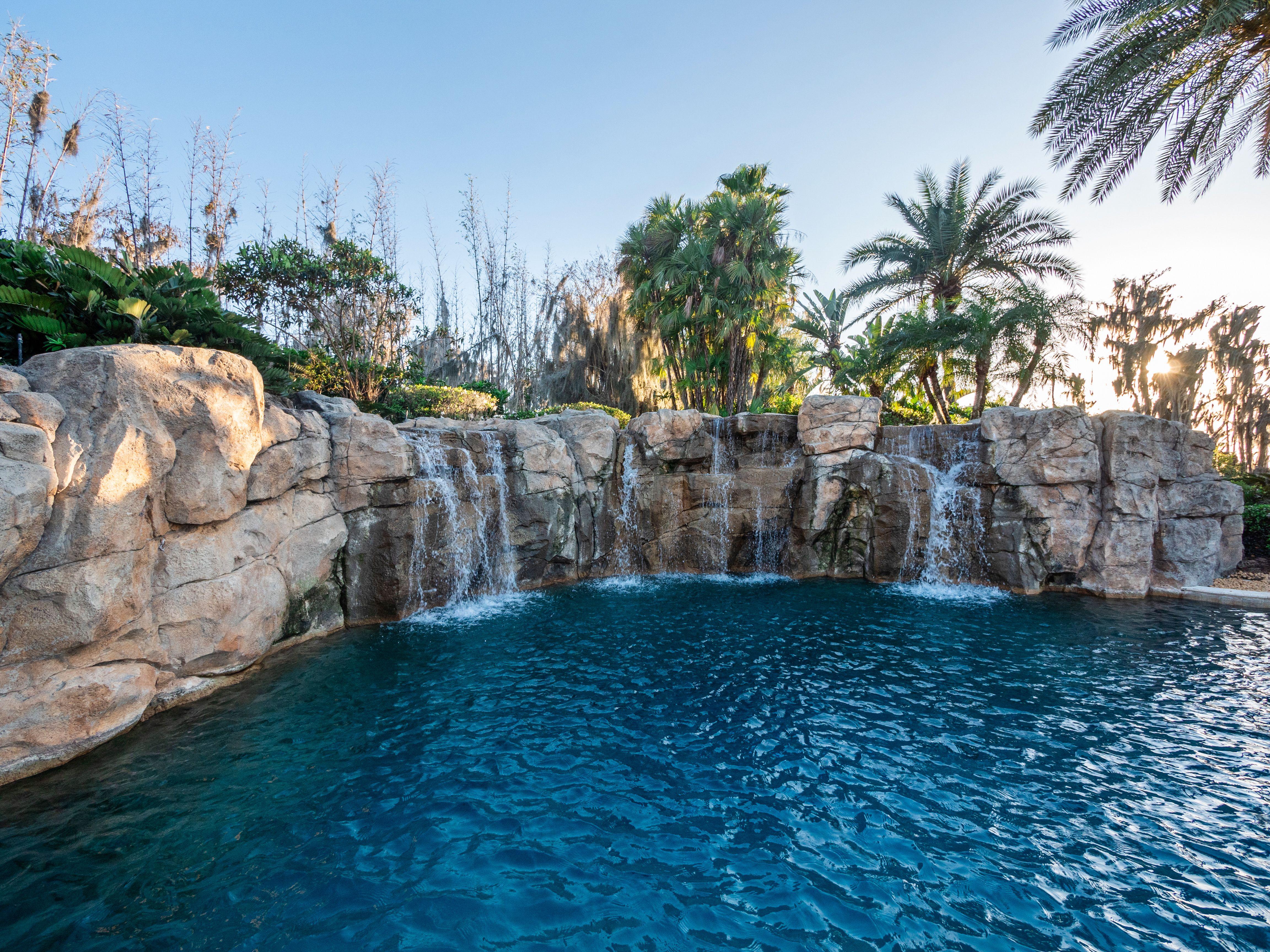 shaq's florida estate custom waterfall pool