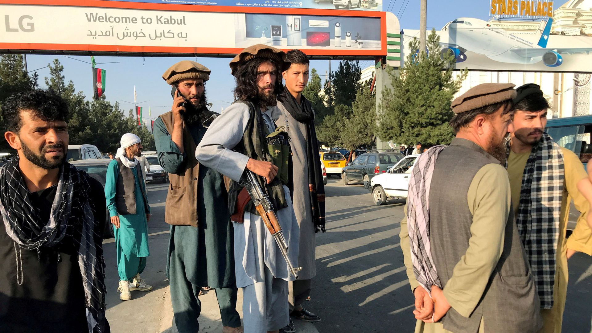 How the Taliban's takeover of Kabul unfolded in real-time news alerts -  Axios