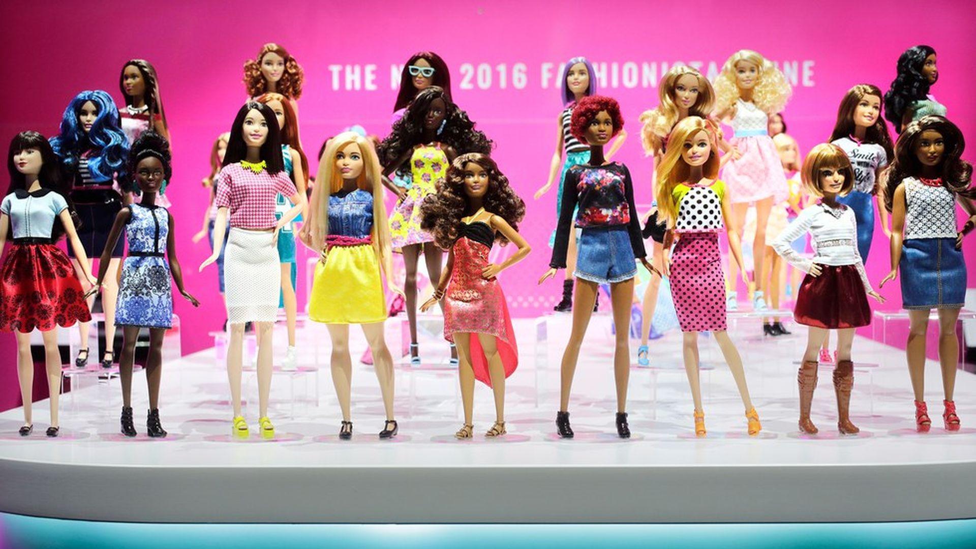 b66e2d943 Barbie through the years - Axios