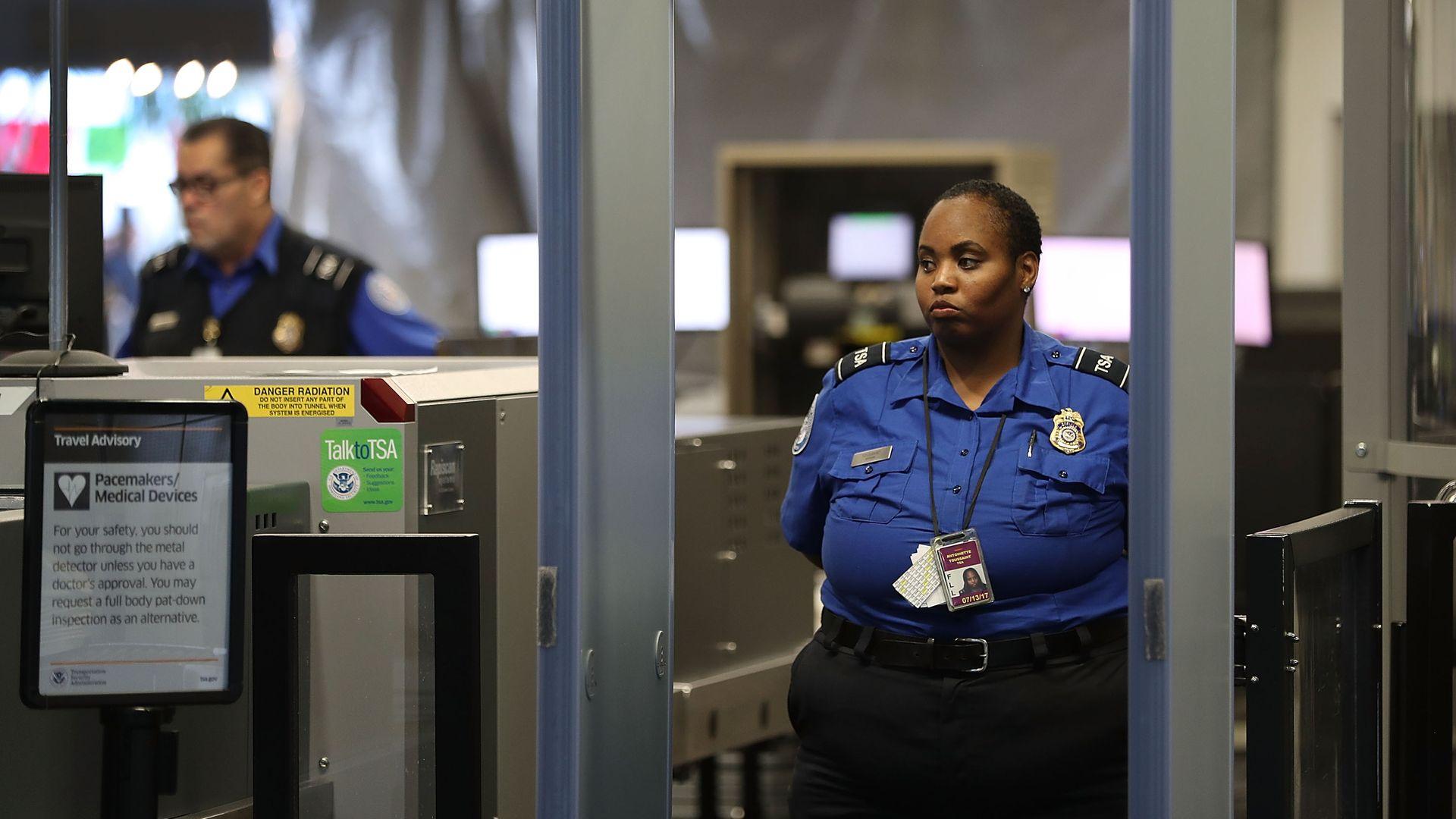 A TSA agent