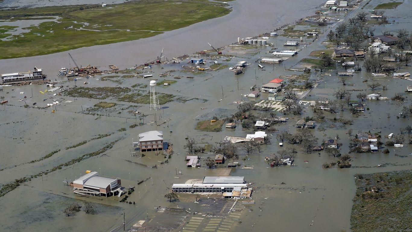 Louisiana dodges massive storm surge, but winds leave 600,000 without power thumbnail