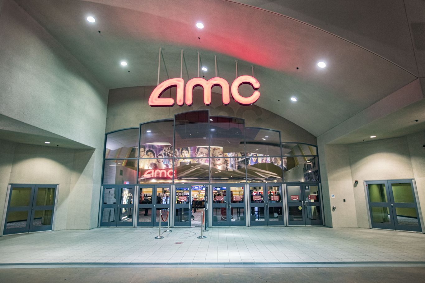 AMC says it's running out of cash thumbnail