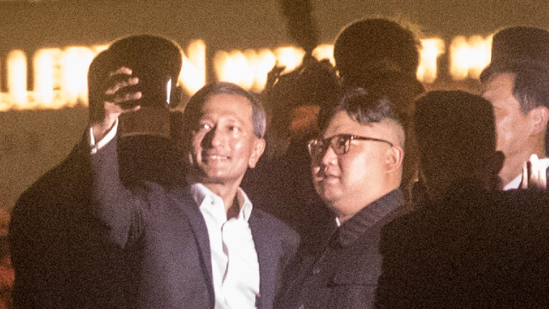 Kim Jong-un takes a selfie with the Singapore foreign affairs minister