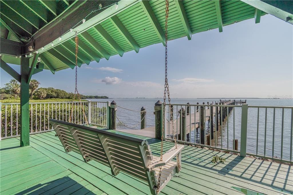 2802 Old Bayshore Way dock
