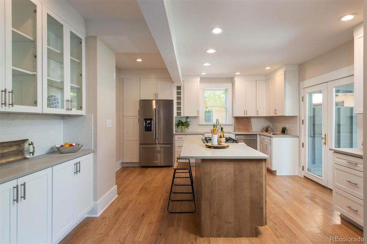 2254 S. Adams St. kitchen