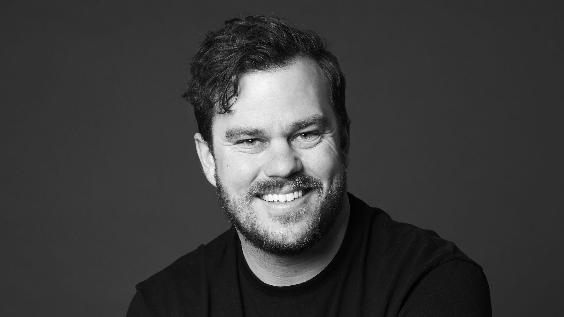 Headshot of Songwriter Ethan Hulse.