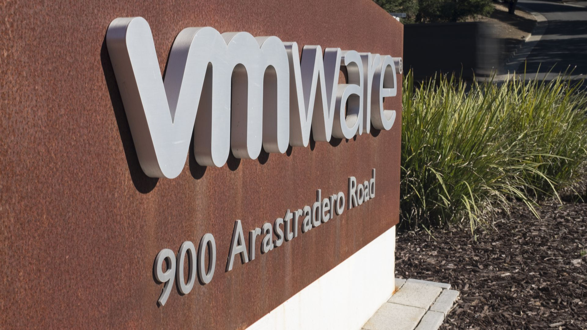 Software company VMware to acquire Pivotal and Black Carbon
