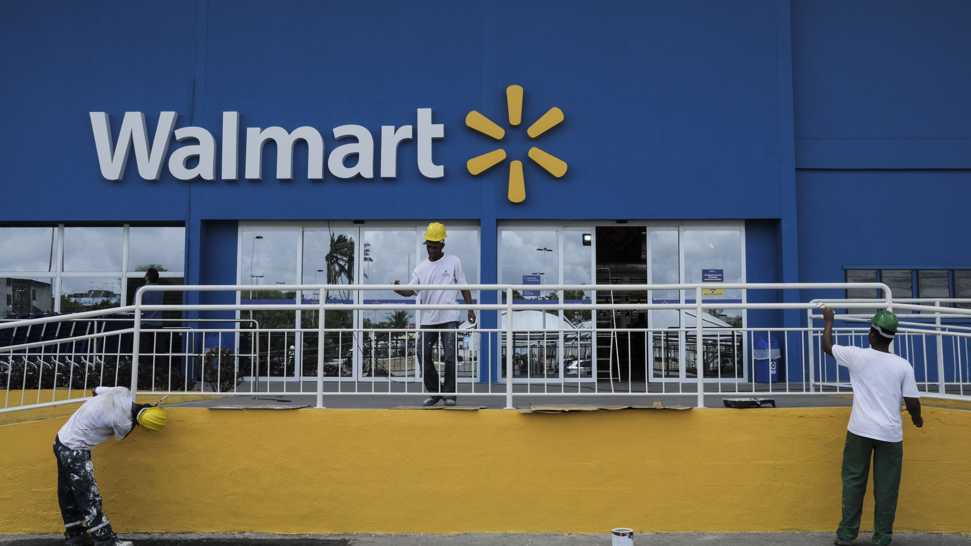 Walmart agrees to $282 million settlement in corruption lawsuit - Axios