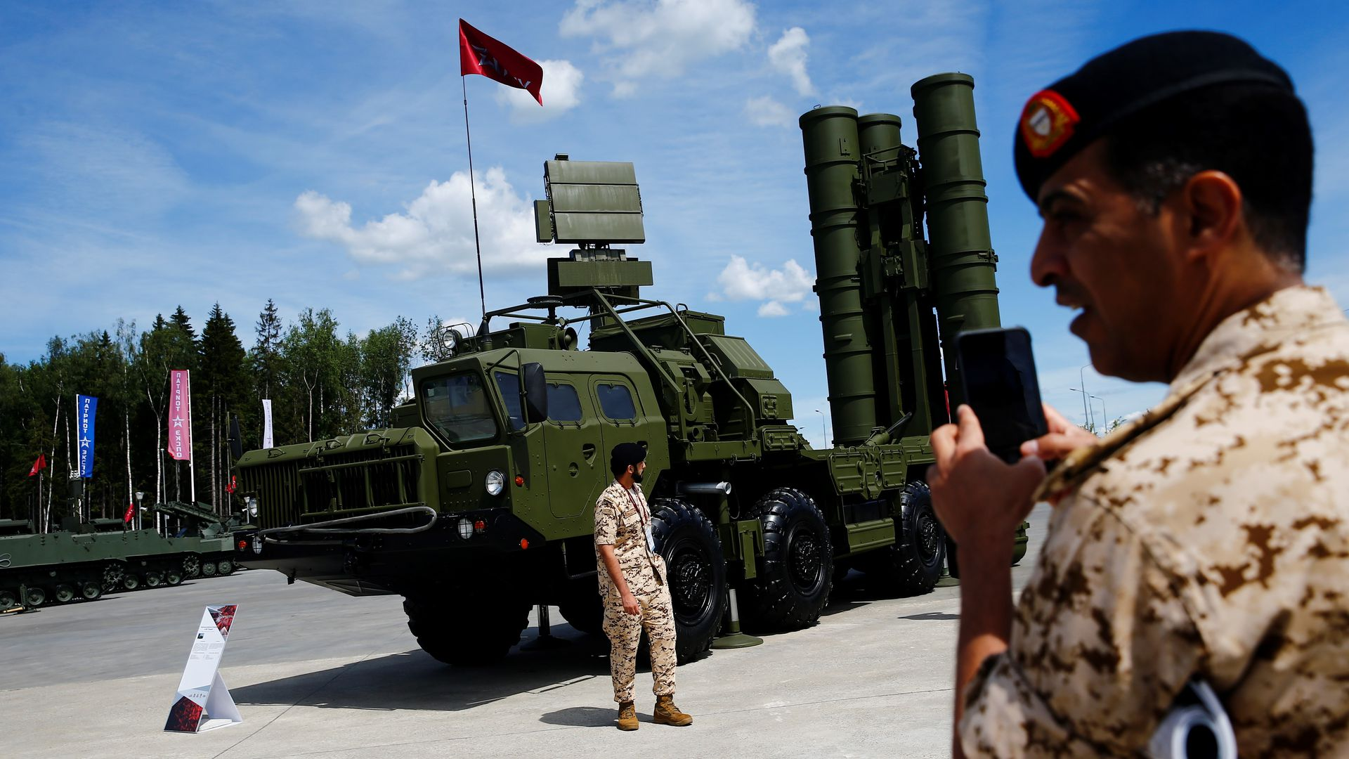 A S-400 surface-to-air missile launcher