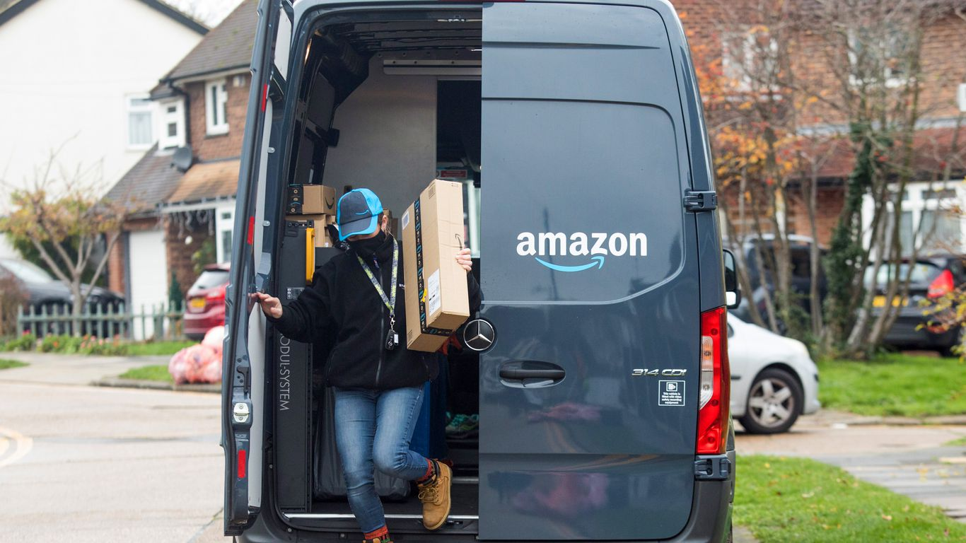 Amazon walks back denial, acknowledges issue of delivery drivers urinating in bottles thumbnail