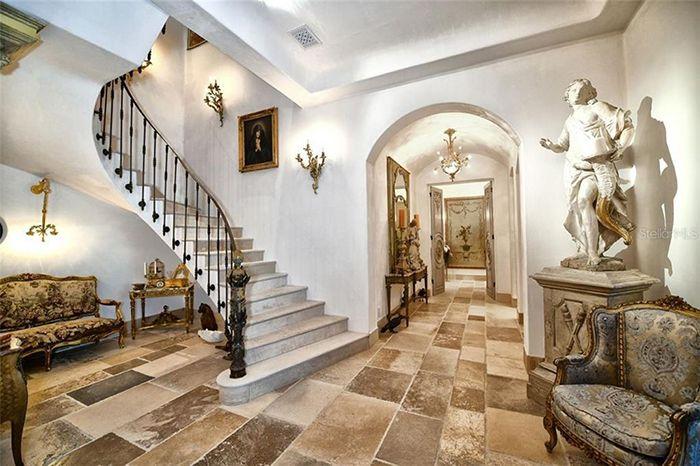 1309 Vista Drive stairs