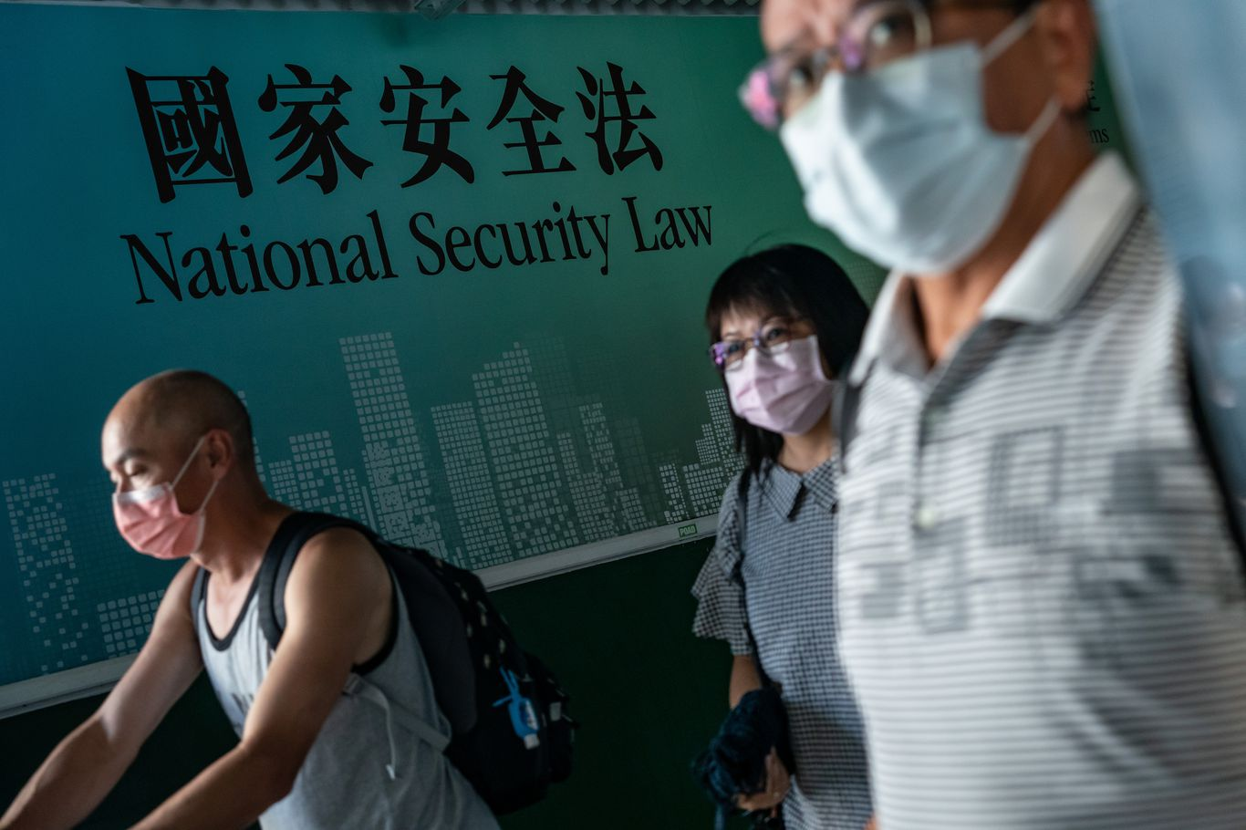 New Hong Kong national security law sets harsh penalties for broadly defined political crimes thumbnail