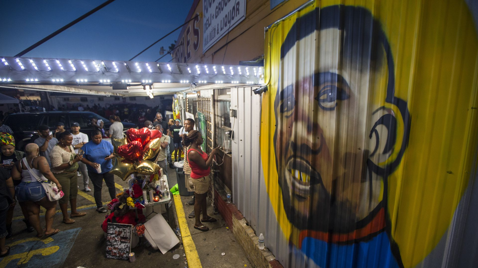A mural of Alton Sterling.