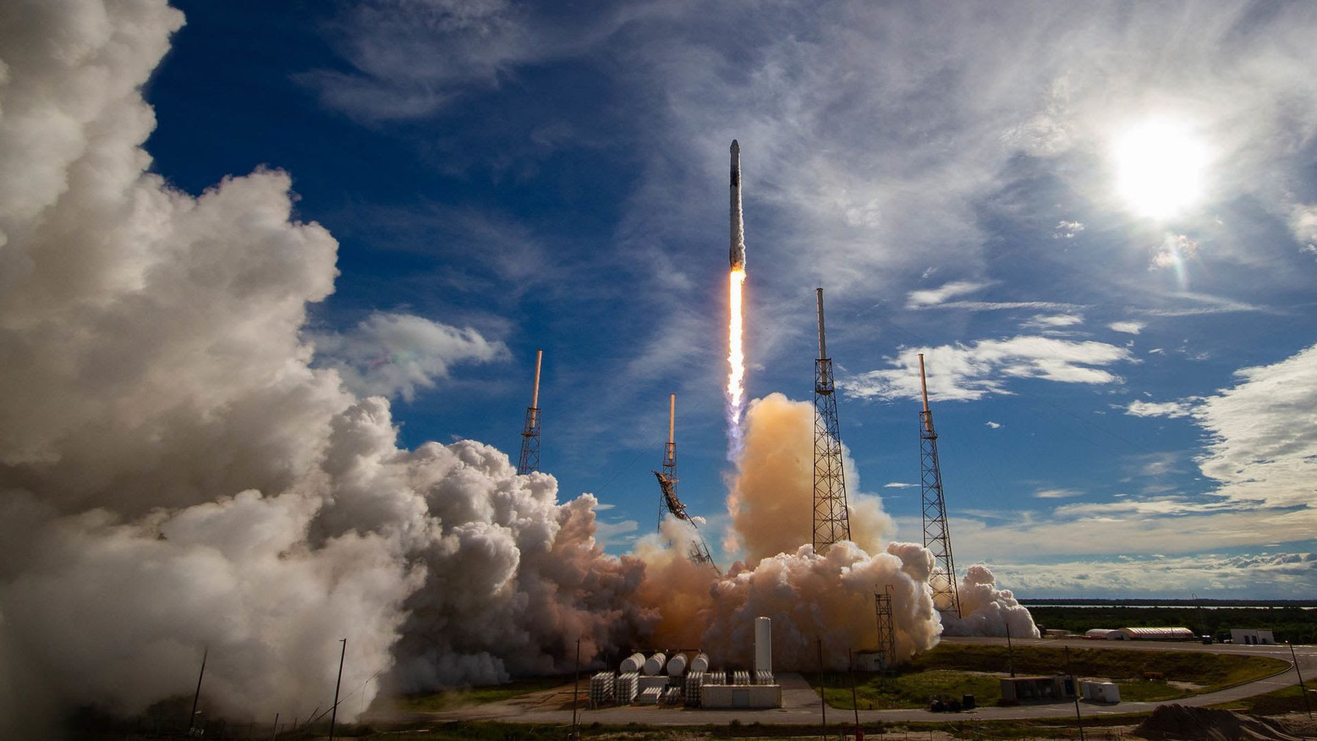 A SpaceX Falcon 9 rocket launching to space. Photo: SpaceX