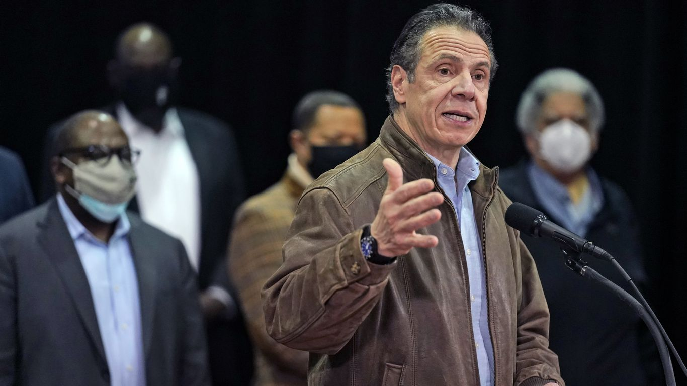 New York Gov. Cuomo faces fresh misconduct allegations from former aides thumbnail