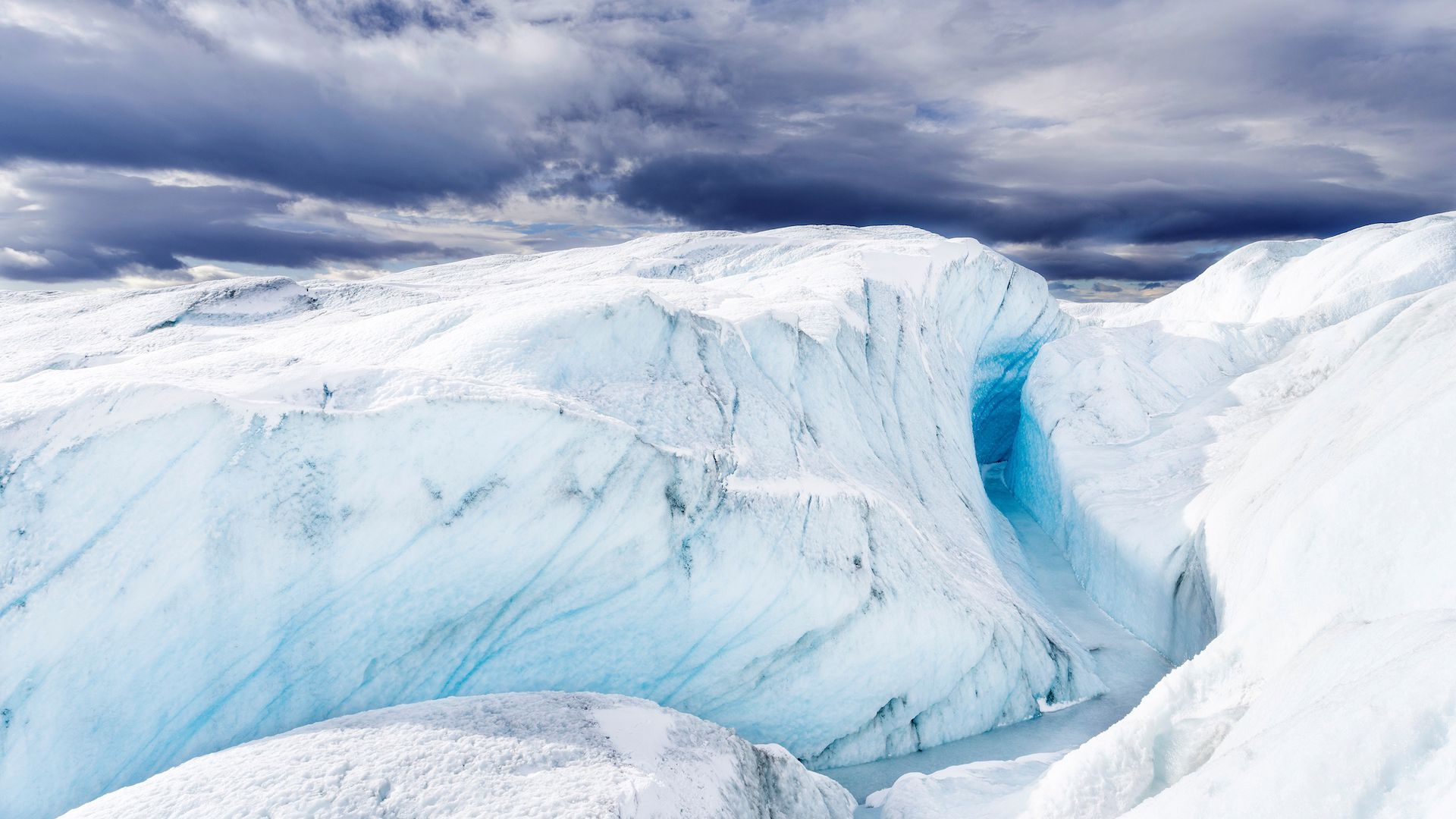 Terminus of the Russell Glacier. Landscape close to the Greenland Ice Sheet near Kangerlussuaq.