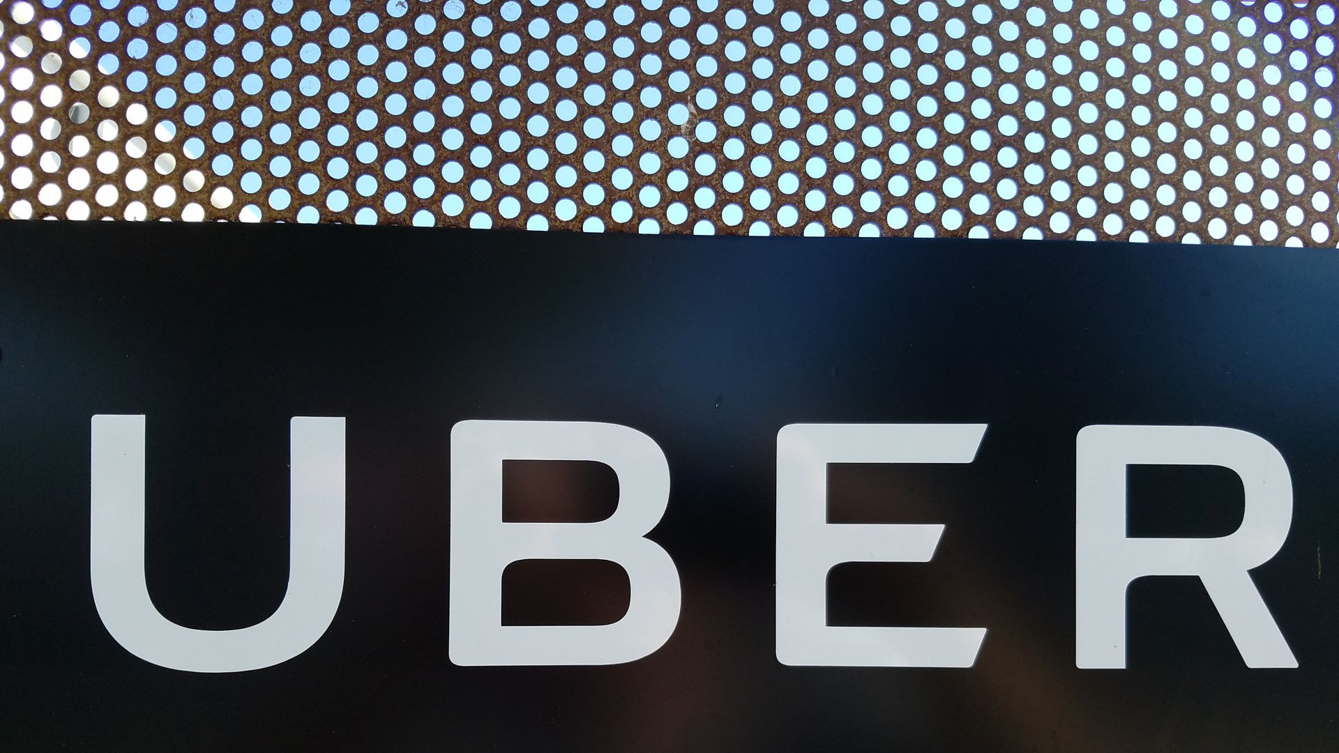 Uber to pay $148 million in settlement for data breach cover