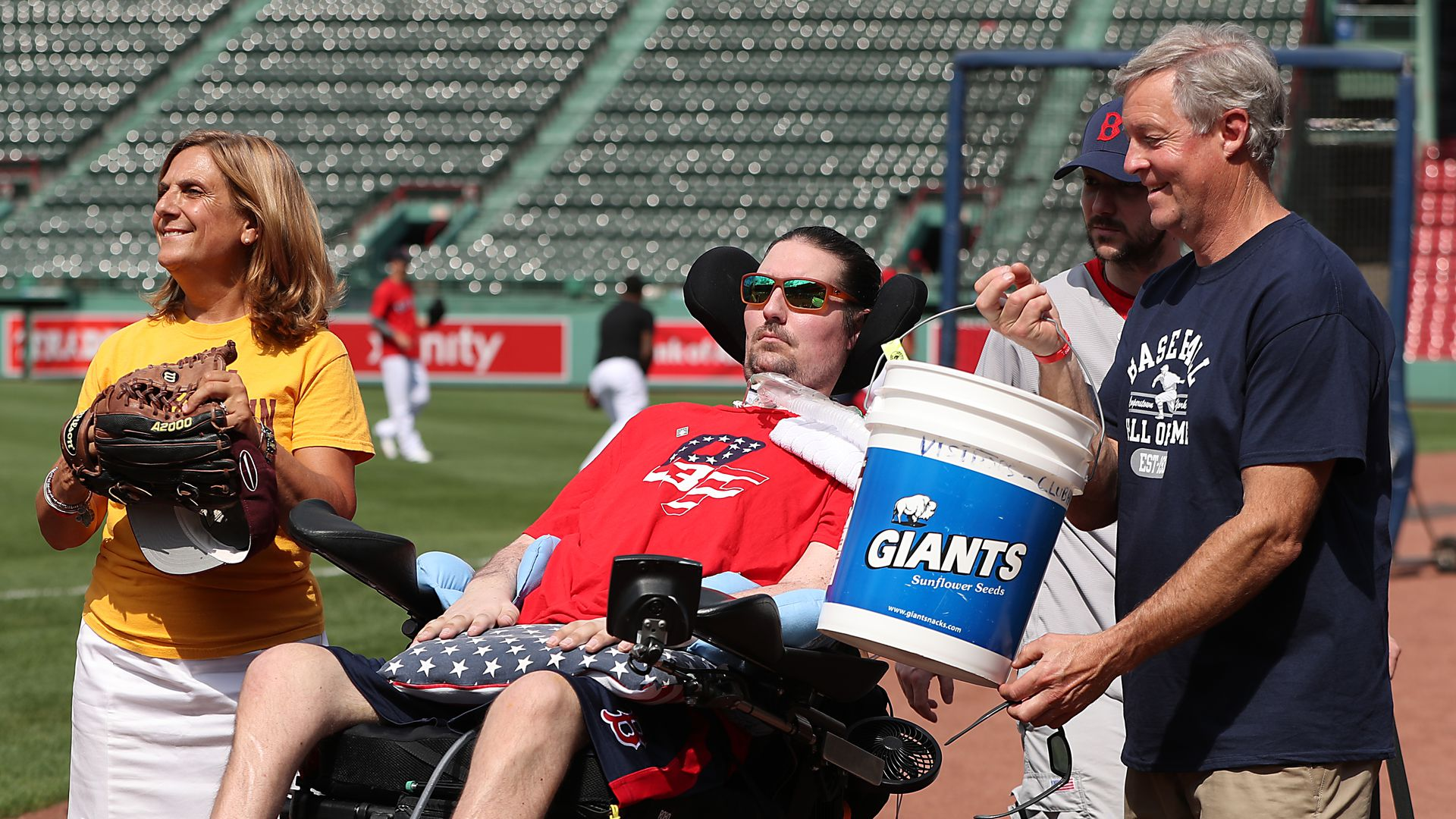 Pete Frates with his his mother Nancy and Father John